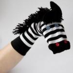 chaussettes-marionnettes-zebre-dessine-moi-un-prenom-150x150